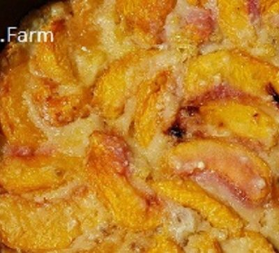 Homemade (is there any other kind?) Peach Cobbler